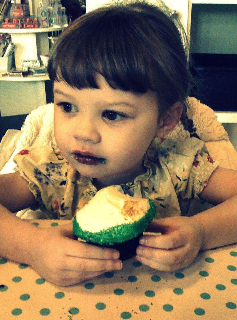 Naomi birthday cupcake 3