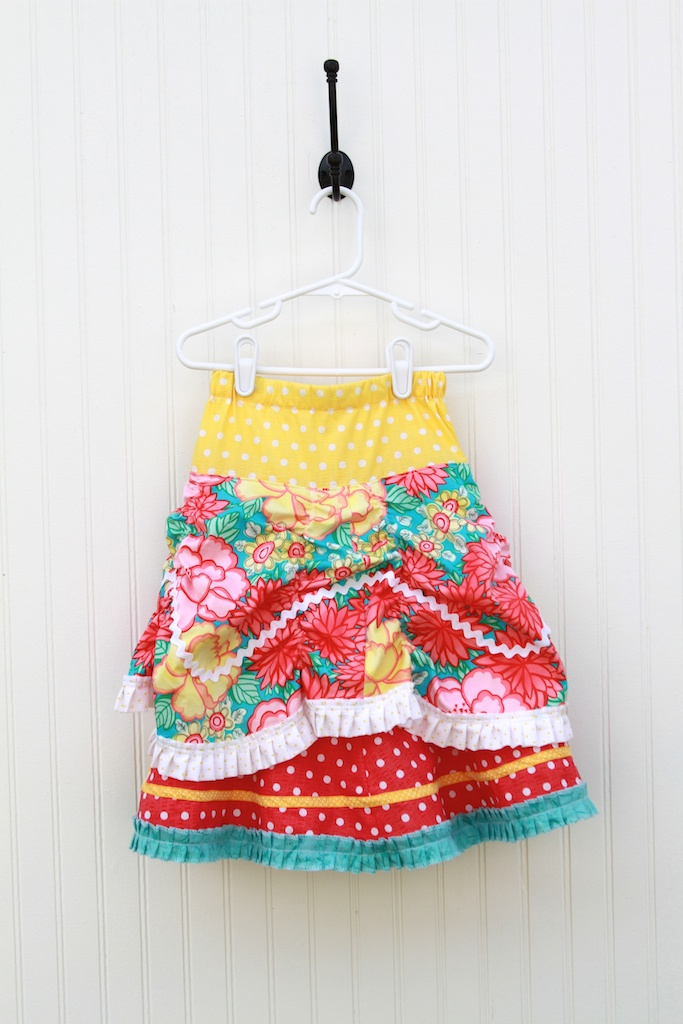 Fancy skirt 137