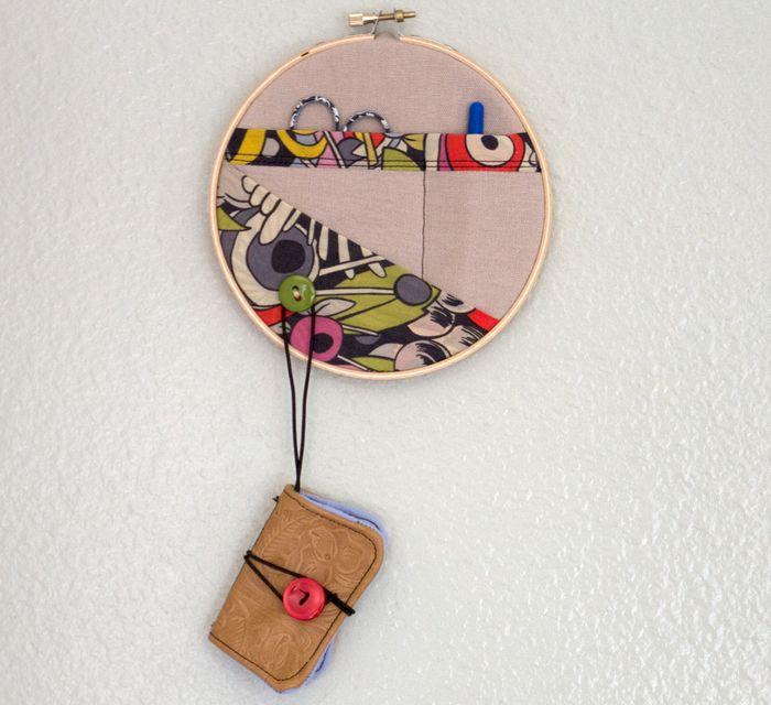Embroidery-hoop-sewing-kit-1