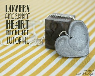 fingerprint heart necklace tutorial
