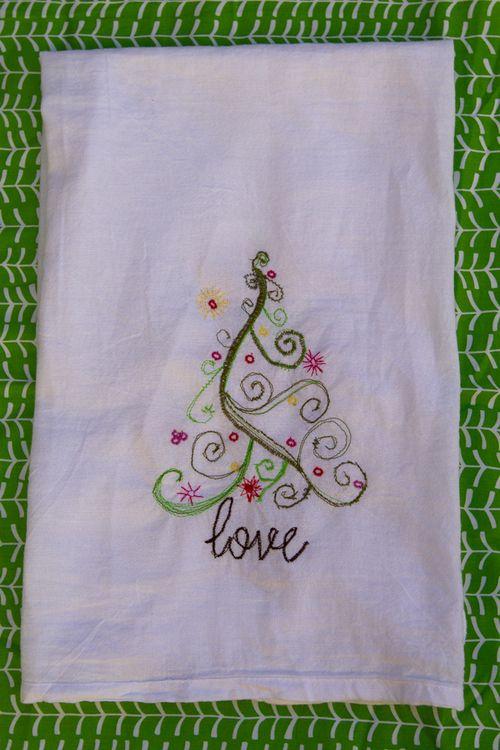 Sketchy-christmas-towel-1