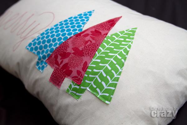 Merry-pillow-4