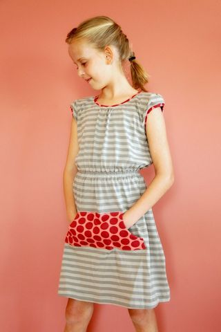 Go To signature dress sewing pattern kangaroo pocket stripes tween